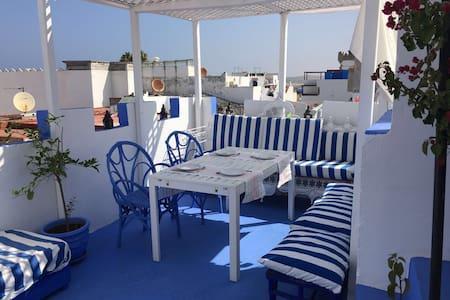 Casa en la Medina. Vistas mar. Wifi - Casa