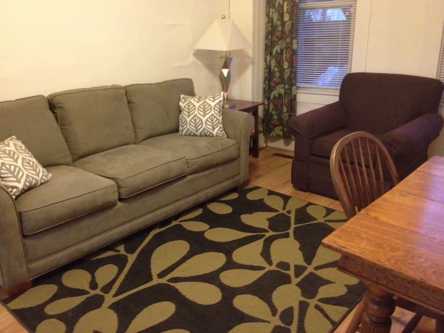 Well laid out space accommodates four easily.