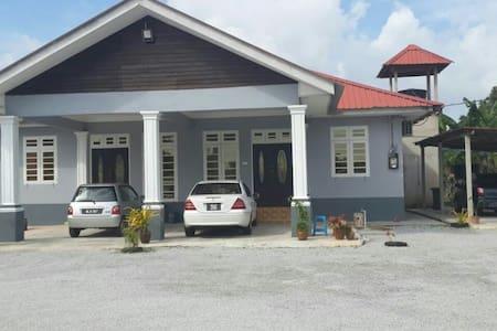 Kuala Terenganu - Ház