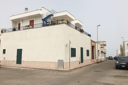 Amazing terrace on the sea - San Foca - Apartment