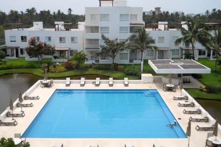 Nice & beautiful Villa w/ jacuzzi @ Acap. Diamante - Acapulco