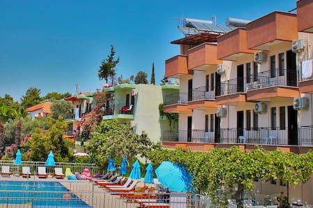 Butik Otel Patara Sun Club - Bed & Breakfast