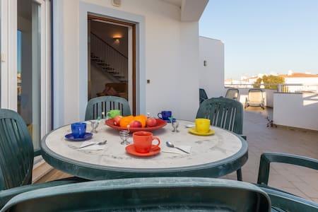 Spacious 3 bedroom duplex, pool - 150m from beach - Apartment