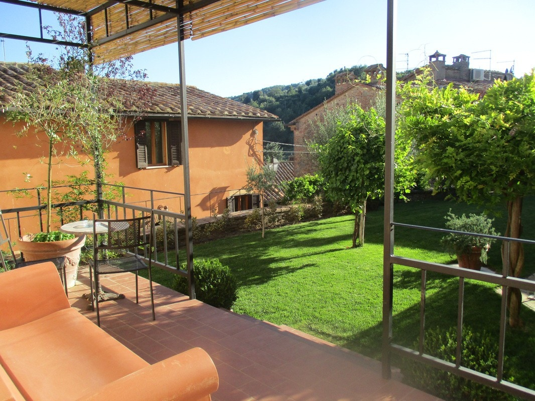 The cost of apartments in Panicale in rubles