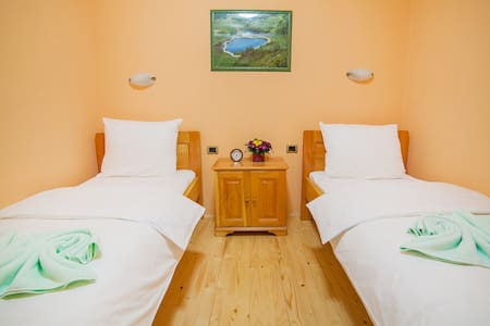 Gacka - Nice Twin Room with a Lovely View - Mojkovac