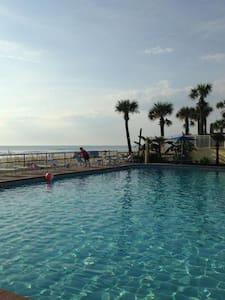 Oceanfront Condotel Studio, Ocean view - 아파트(콘도미니엄)