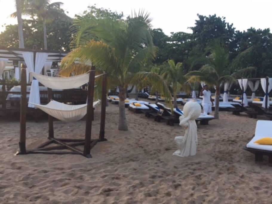 1 of 7 VIP beaches