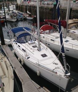 Voilier 365  DUFOUR GRAND LARGE - Capbreton - Boat
