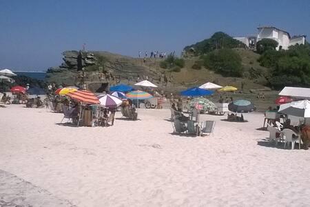 Kitnete Praia do Forte Temporada - Cabo Frio