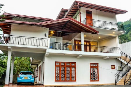 Vin Roma Home Stay - Bed & Breakfast