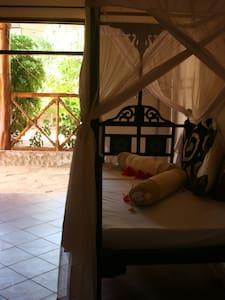 Tamani Villas - Garden Room - Matemwe - Villa