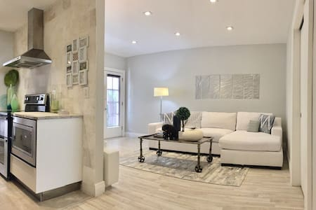 LUXURY 1 BED, PARKING/CLEANING INCL - Miami Beach