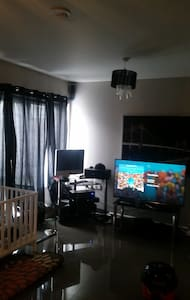 1 Double Bedroom available to rent - Hus