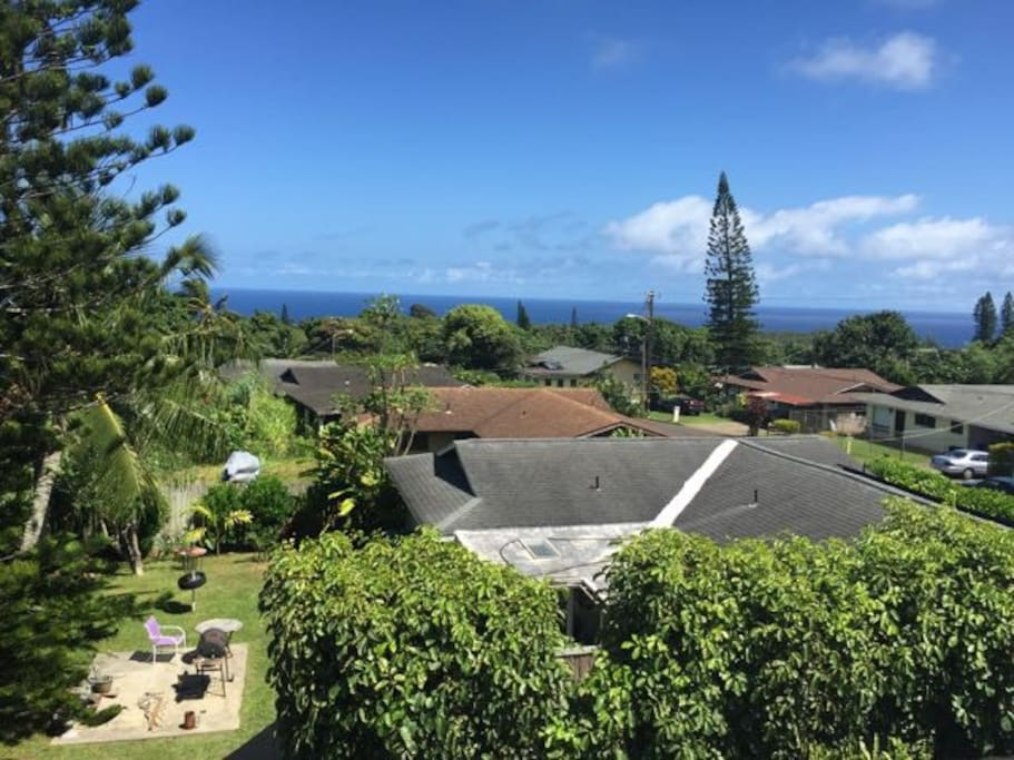 The Pacific Ocean from our rooftop lanai.