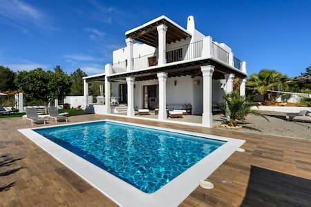 Villa encantadora  moderna en Ibiza(R.G.E. 001074) - Santa Eulalia