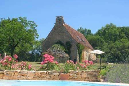 Bakkershuisje in de Lot, zuid-west Frankrijk - Salviac - Cabin
