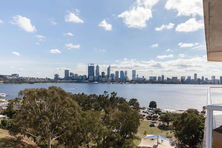 Bella Vista at Clifftop Apartments - South Perth - Apartament