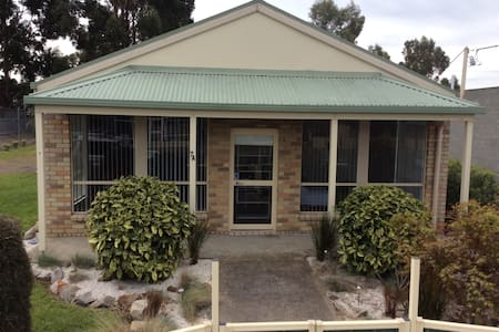 East Coast Tasmania Accommodation - Triabunna