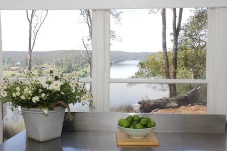 Cooks Co-op Cottage - Cabin