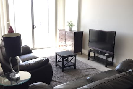 Brand new unit in Campbelltown - Apartment