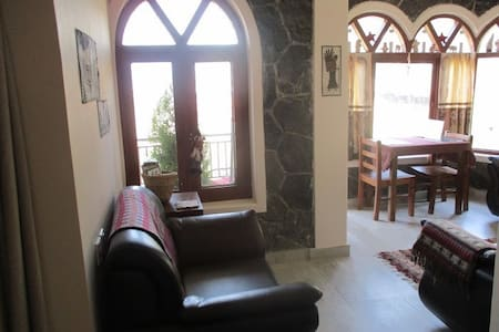 Quiet countryside apt. in Pokhara - Apartment