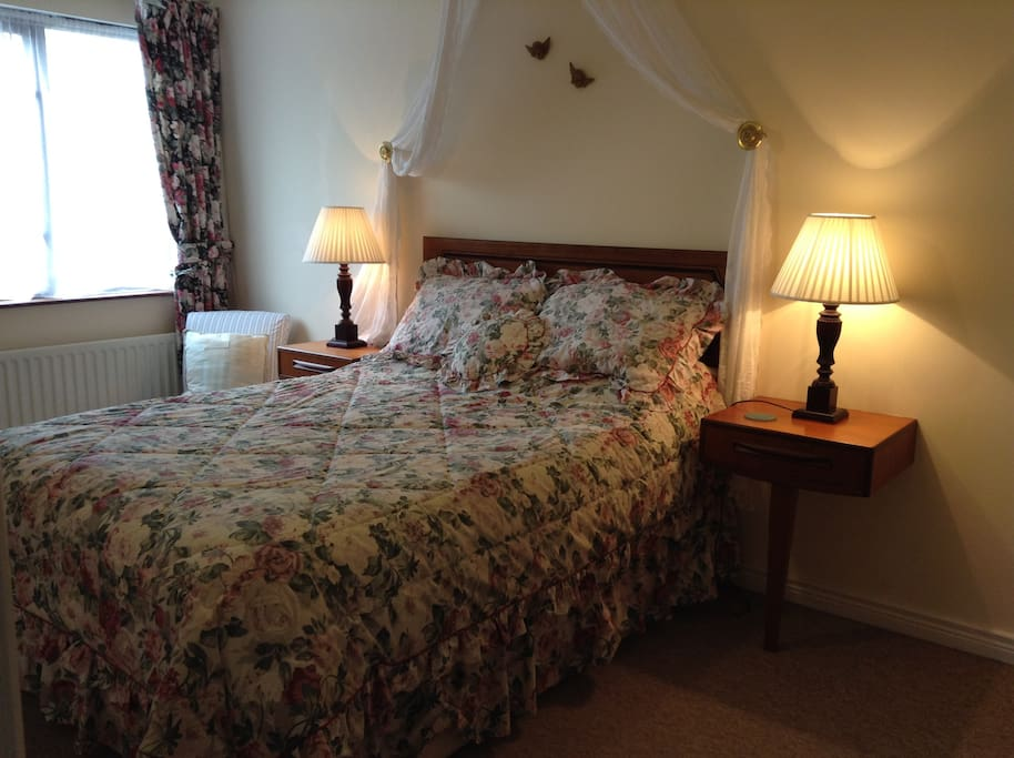 Glencloy double bedroom