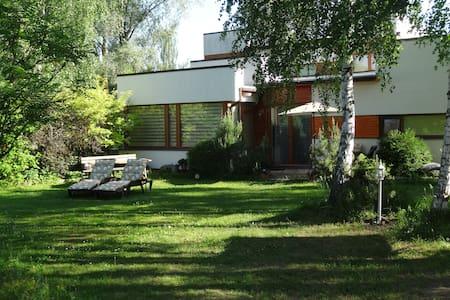 holiday house + pond, sauna, nature - Ādaži