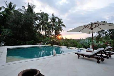 11 bedroom 2 villas combined Balian - Selemadeg - Villa