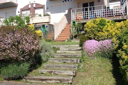 Apartamento con jardín vistas mar - Mogro - Pis