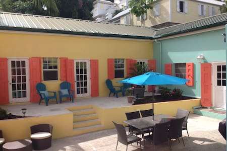 Luxury Vacation Rental Top Location - Christiansted - Pis