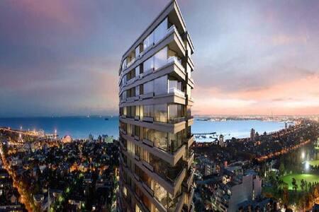 5* Luxurious Apartment Living