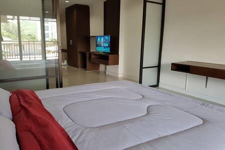 StudioRoom/TV/Wifi/Fridge in Heart of Hua Hin town - Tambon Hua Hin - Lägenhet