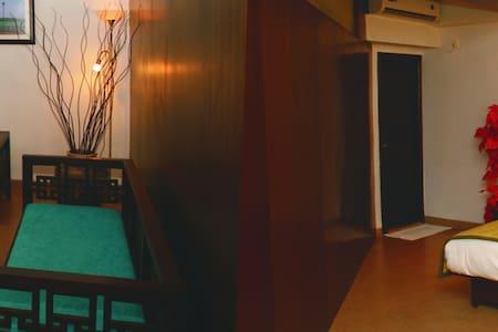Imperial Suite Room In Calangute Goa - Calangute - Bed & Breakfast