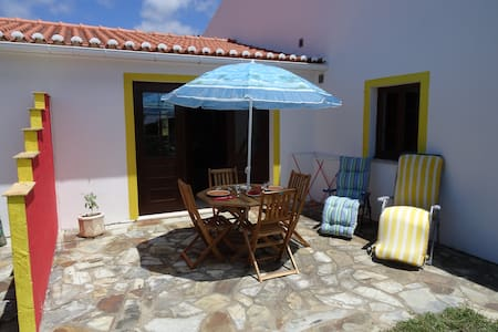 Studio apartment in a quiet location - Aljezur - Byt