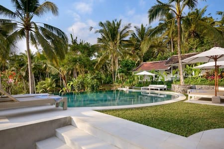 4+ Ensuite Rooms at La Balian, Whole Villa - Villa