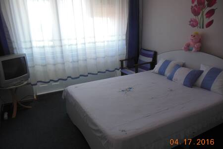 Сдам в Новом АФоне комнату в 3х-квартире море 5мин - アパート