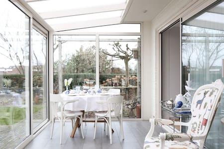 Room with breakfast near Amsterdam - Volendam