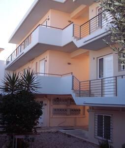 Ανετο Δυάρι σε συγκρότημα κατοικιων - Patras - Wohnung