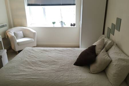 Modern, clean DBroom in heart of London, Zone 2 - Londra - Appartamento