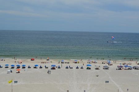 Great Beach Views!!! Stay & Play Tropic Isles 702 - Gulf Shores - Condominium