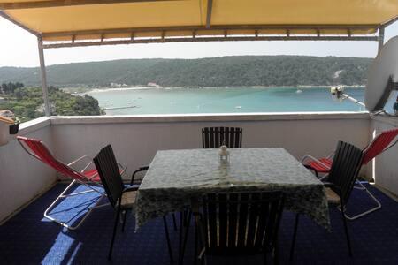 Apartman za 4 osobe na otoku Rabu - Appartamento