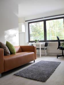 1 bedroom  apartment in leuven center - Lovanio - Appartamento