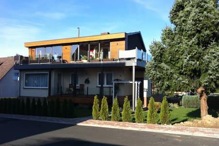 85 qm Studiowohnung mit Dachterasse - Apartment