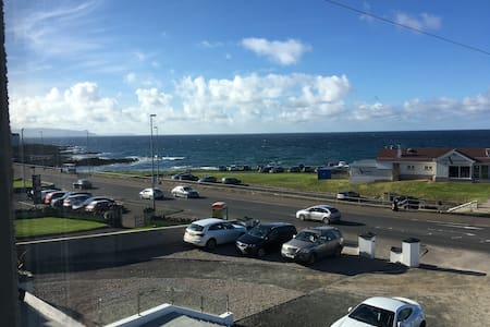 Stunning sea view apartment with private parking. - Portstewart