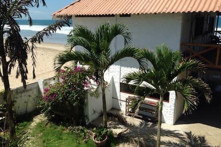 Oceanfront Home - Manglar Alto - Talo