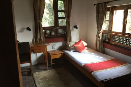 Quiet, clean, friendly b&b homestay - Bhaktapur - Bed & Breakfast