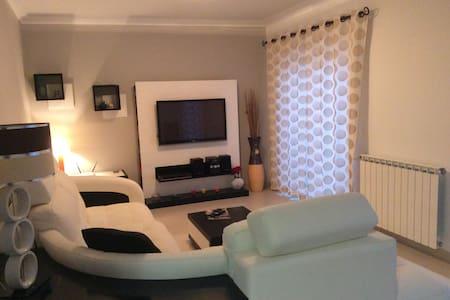 T2 condomínio privado com piscina P - Apartamento