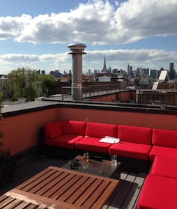 Lovely Duplex w/private roofdeck