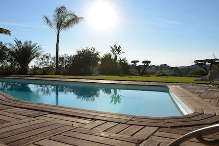 Villa / Appart 100m2 Vue panoramique avec Piscine - La Gaude