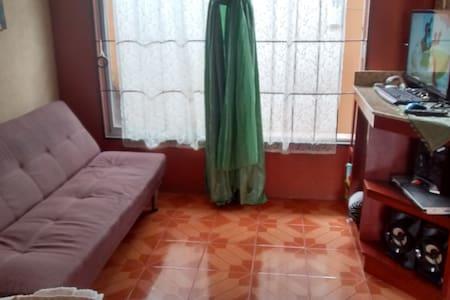 Habitación en Fortuna de San Carlos - Wohnung
